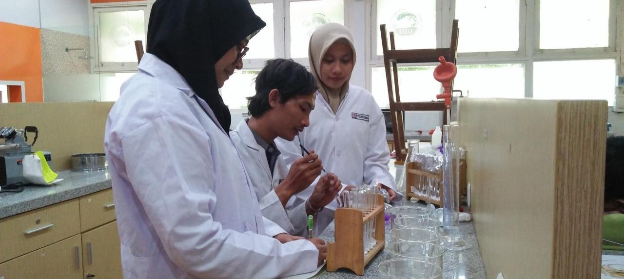 Ekspresi Mahasiswa Teknik Kimia UISI yang mendapatkan Dana Hibah melalui PKM P Dikti
