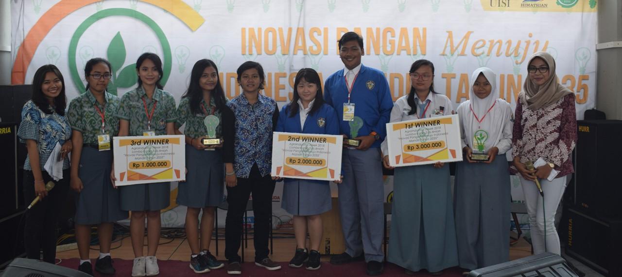 Ekspresi Pemenang Peserta Lomba Poster dan LKTI Agroindustrial Week