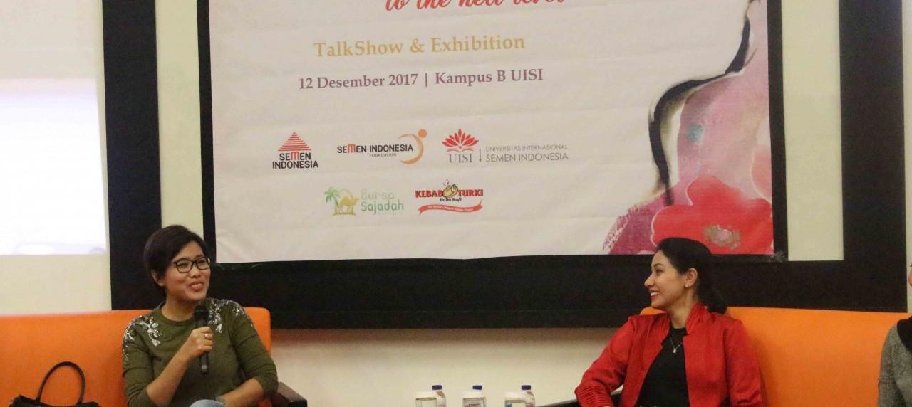 Nilamsari (kiri) dan Heera SKV (kanan) saat bercerita tentang sepak terjang mereka di dunia bisnis