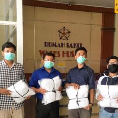 Pendistribusian 30 Unit Hazmat kepada Rumah Sakit Wates Husada Balongpanggang, Gresik