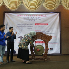 Kongres Nasional PPMI XIV di Surakarta resmi dibuka oleh Kapti Rahayu Kuswanto selaku Rektor UNISRI
