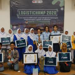 Para pemenang dalam kompetisi Logistichamp 2020