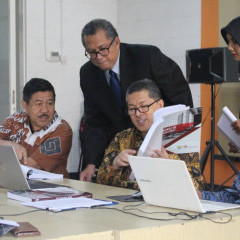Tim penilai dari BAN-PT saat visitasi akreditasi di UISI