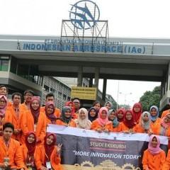 Mahasiswa Manajemen Rekayasa di PT Dirgantara Indonesia (Persero)