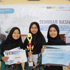 3 mahasiswa Ekonomi Syariah Raih juara harapan 1 Lomba Karya Tulis Ilmiah di Universitas Trunojoyo