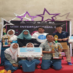 Potret bahagia para pemenang lomba LKTI di acara ISME SISFOR