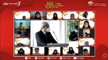 Sambutan Bapak Rektor kepada mahasiswa baru angkatan ke-9.