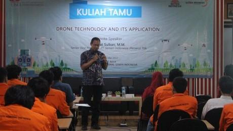 Pemaparan tentang drone oleh Ir Mat Sulkan, M.M.