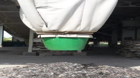 Proses pengolahan sampah anorganik menjadi Refused Derived Fuel ( RDF ).