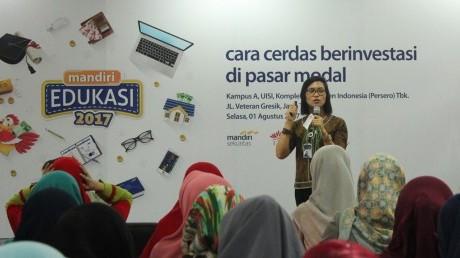 Talkshow Bersama Pakar dari Bank Mandiri tentang Cara Cerdas Investasi di Pasar Modal