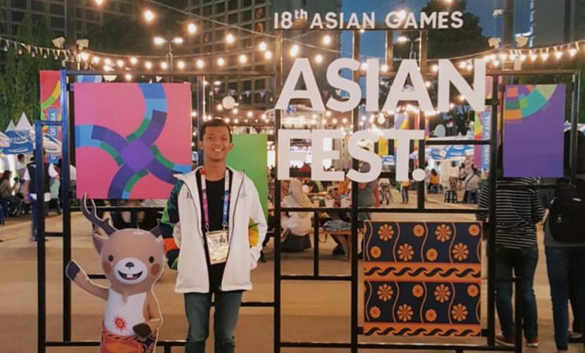 Triadi Setiawan, berpose di salah satu both ASIAN GAMES 2018
