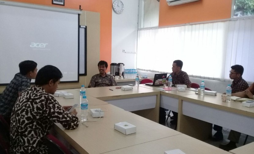 Forum Group Discussion dengan pembicara dari Universitas Syiah Kuala Dr. Ir. Abdullah, M.Sc