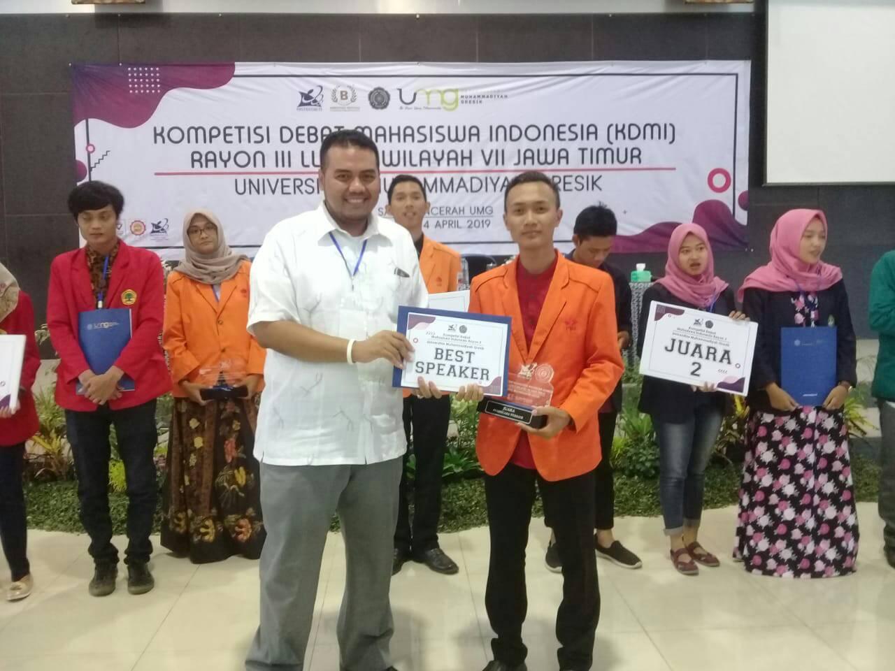 Bayu Alfiansyah meraih penghargaan Best Speaker dalam KDMI 2019 Regional III Wilayah VII Jawa Timur